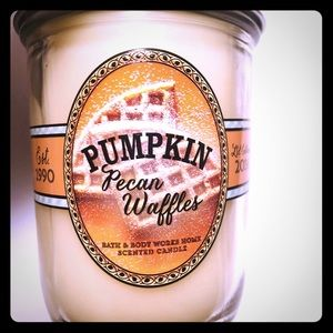 Bath and Body Works Pumpkin Pecan Waffles Candle